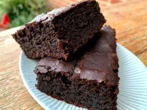 Raw Cacao & Blackbean Chocolate Brownies